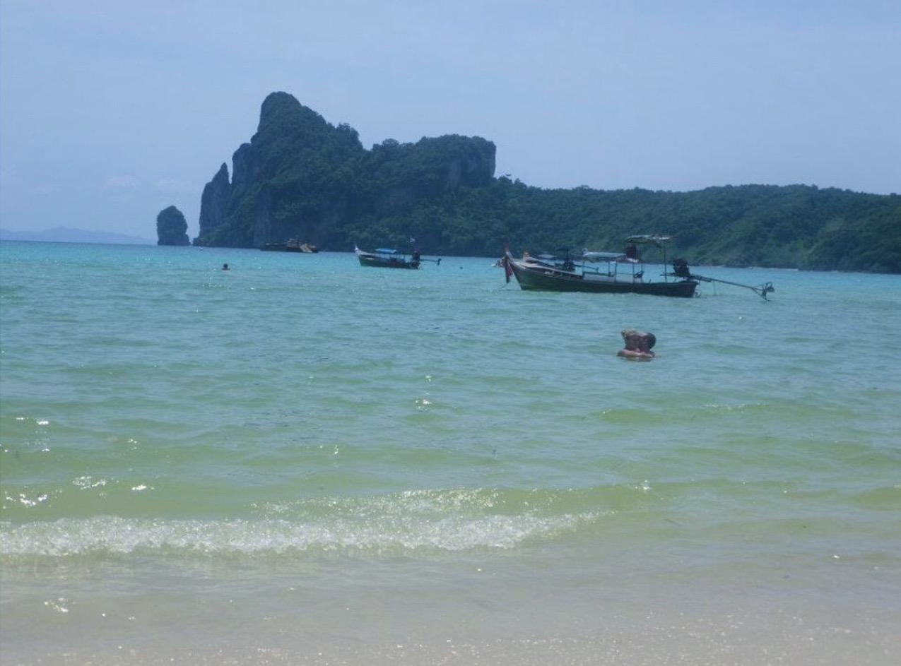 Backpacking stop three Koh phi phi