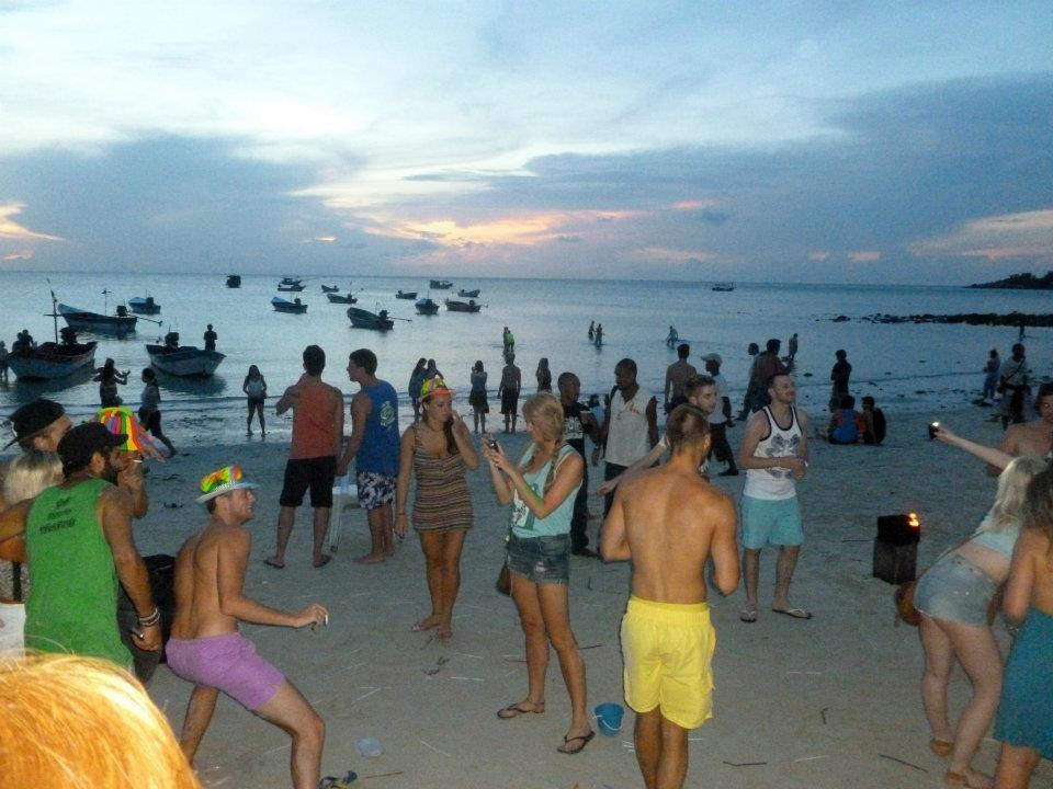 wanderlustbee backpacking thailand stop four koh phangan