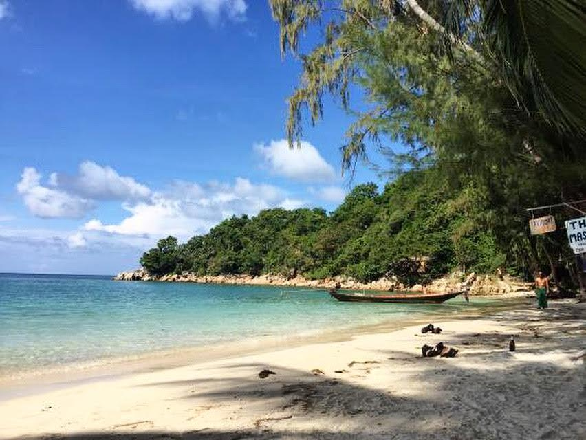 wanderlust bee backpacking thailand stop four koh phangan