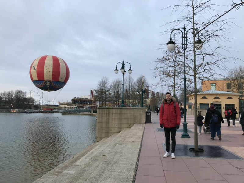 Wanderlust bee - Disneyland, Paris