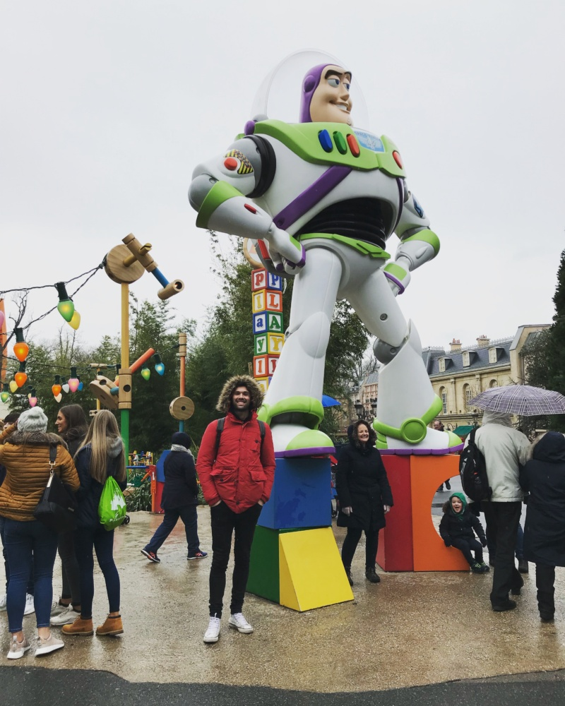 Wanderlust bee - Disneyland Paris